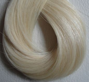 #60 Bardzo jasny platynowy blond
